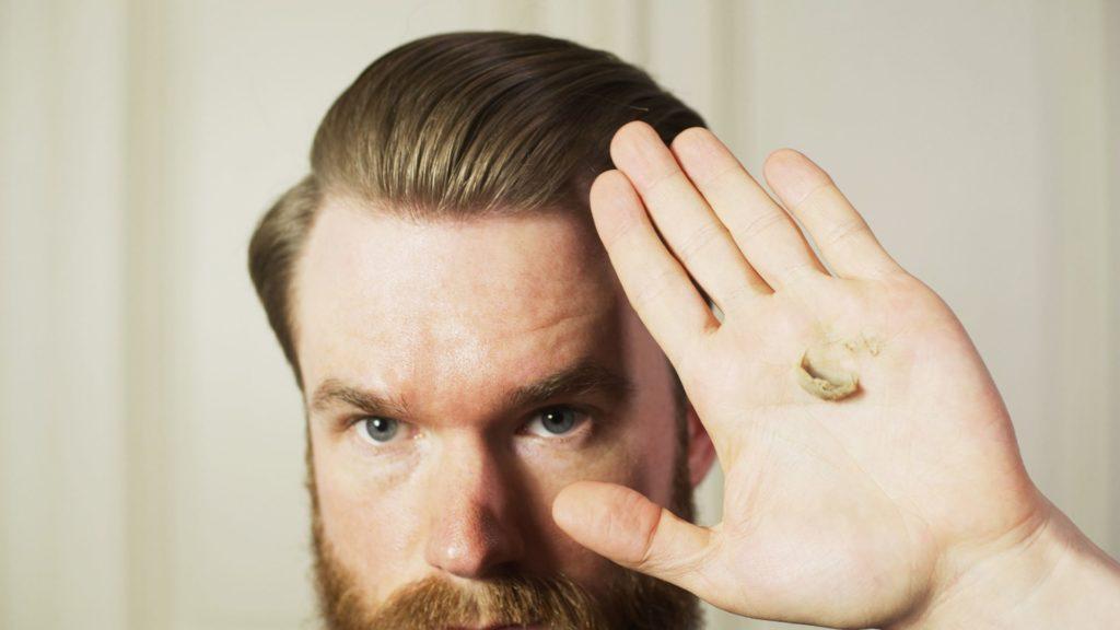 Haarstyling Routine: Clay für starken Halt